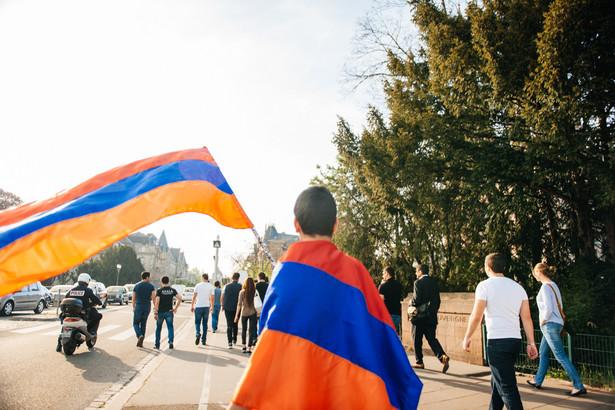 Wczorajsze wybory w Armenii były dopełnieniem rozpoczętej wiosną bezkrwawej rewolucji