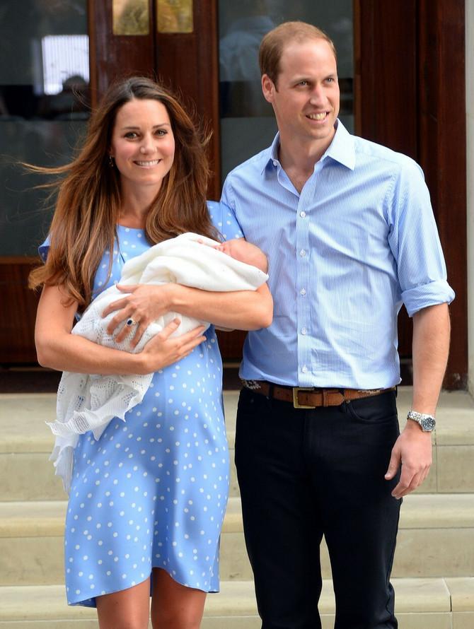 Kejt i Vilijam prvi put poziraju sa sinom