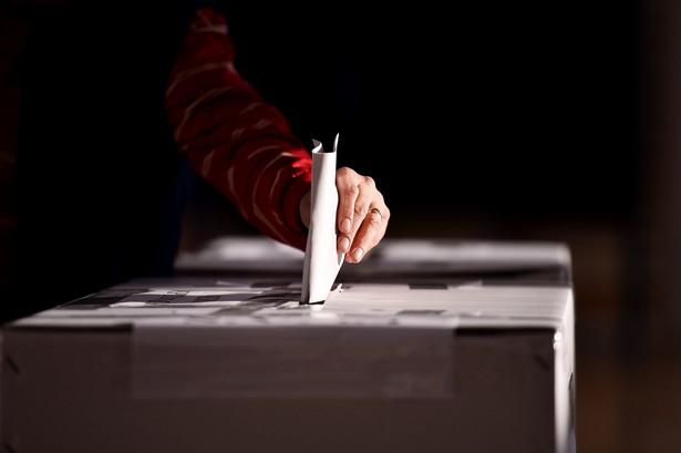 """Na problem """"prekampanii"""" zwracała już wcześniej uwagę Państwowa Komisja Wyborcza"""
