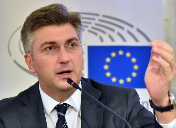 Plenković tvrdi da su stavovi Beograda i Prištine prilično udaljeni