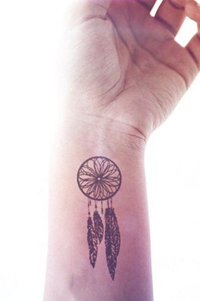 30 Dyskretnych I Kobiecych Tatuaży O Których Zamarzysz