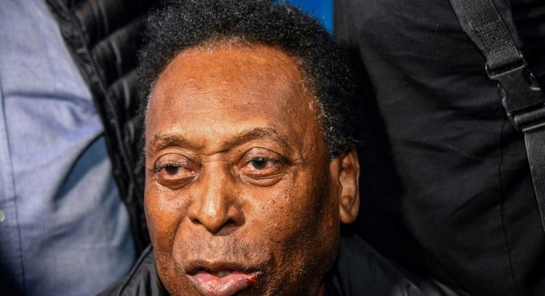 Pele is punching the air to celebrate his recovery Creator: NELSON ALMEIDA