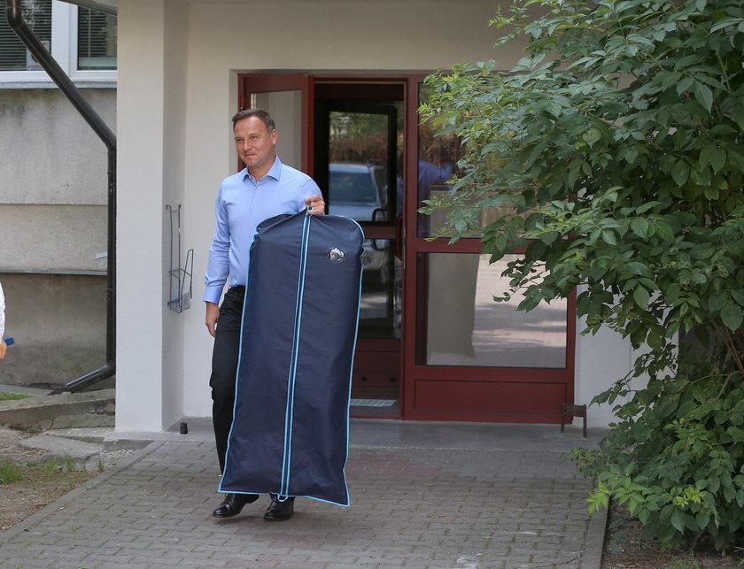 Andrzej Duda z bloku do pałacu!