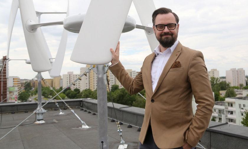 """Ursynowski ratusz produkuje """"zieloną energię"""". Burmistrz zachwala: Chronimy środowisko"""