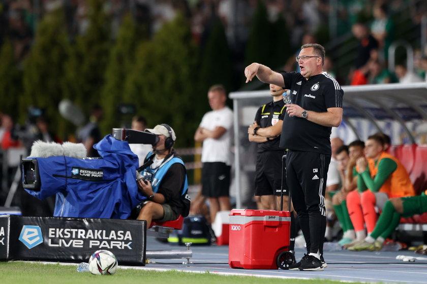 – W tym klubie obroni mnie tylko sumienna, rzetelna praca – mówi trener Legii.