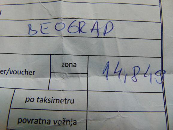 Od aerodroma do Autobuske stanice platio 12 puta skuplju vožnju taksijem nego autobusom od Beograda do Niša