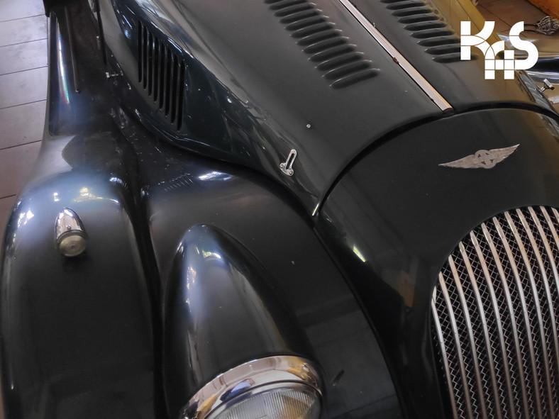 Morgan Roadster 3,7 na licytacji urzędu skarbowego