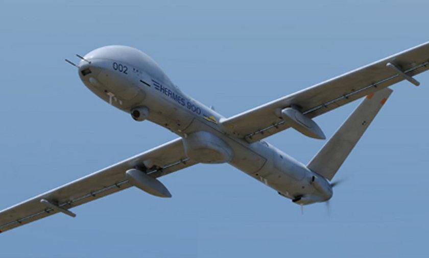 Samolot Hermes 900