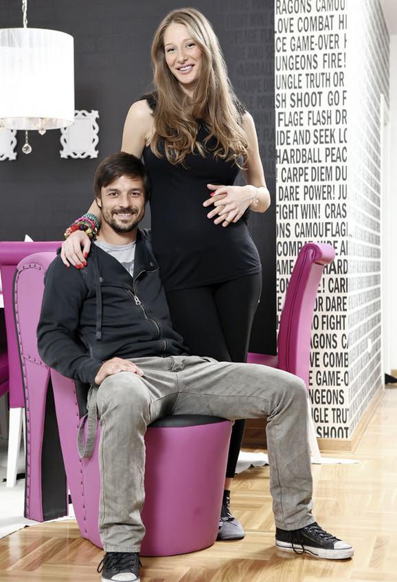 Jelena Stožinić sa suprugom, tokom trudnoće