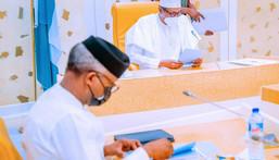 Vice President Yemi Osinbajo (left) and President Muhammadu Buhari (right) [Presidency]