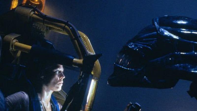 """Sigourney Weaver w filmie """"Obcy - decydujace starcie"""" (reż. James Cameron)"""