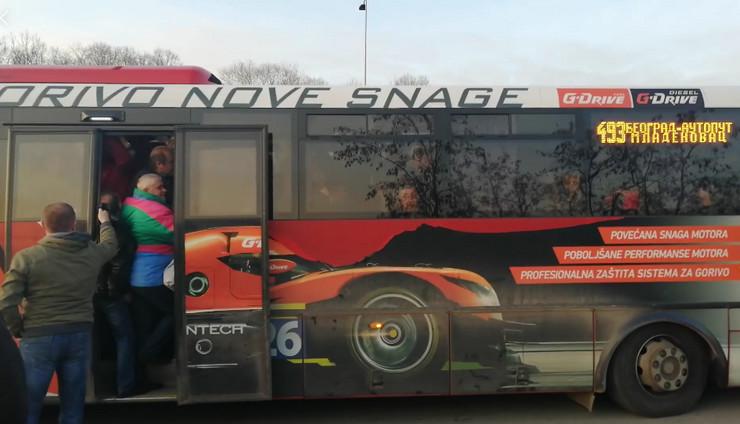 autobus mladenovac