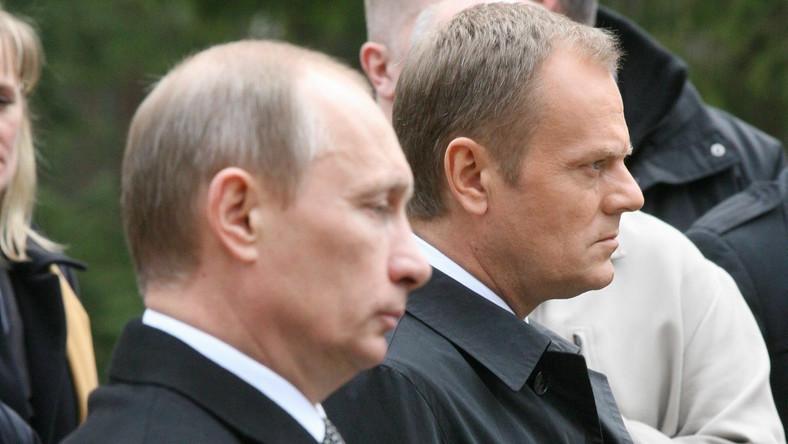 Władimir Putin i Donald Tusk w Katyniu w 2010 roku