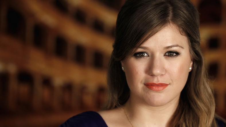 "Kelly Clarkson prezentuje ""Catch My Breath"""