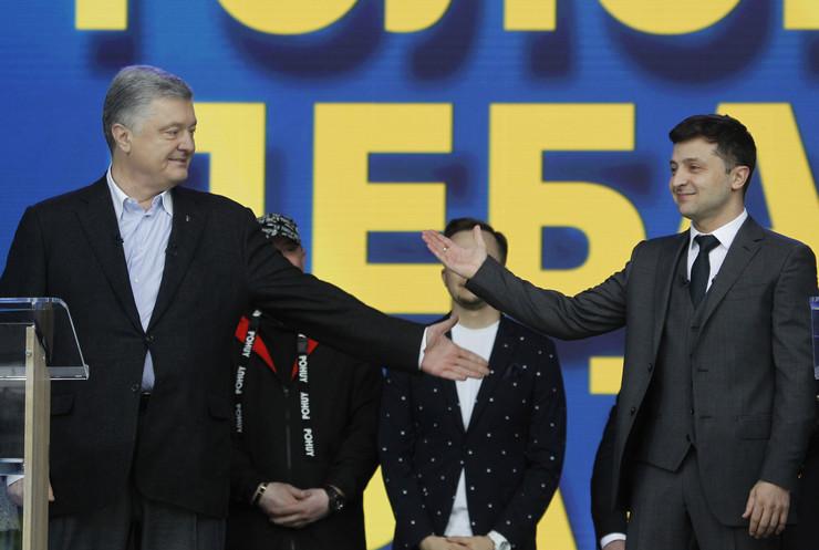 Petro Porošenko Ukrajina debata EPA - STEPAN FRANKO