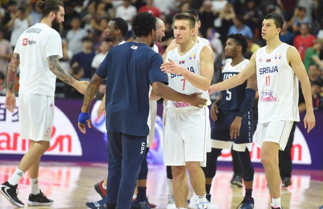 Pozdrav naših i američkih košarkaša na Svetskom prvenstvu u Kini