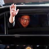 Vozni park Kim Džong Una verovatno je skuplji od PUTINOVOG I TRAMPOVOG ZAJEDNO, ali pitanje je kako ga se DOKOPAO