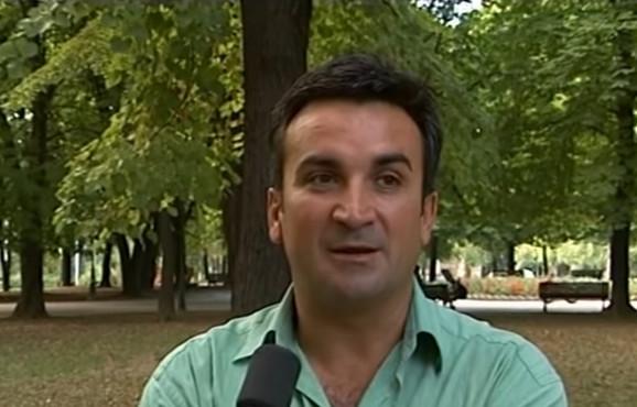Srđan Đoković tokom intervjua za