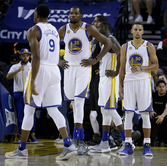 Kari, Durant i drugovi nisu očekivali ovakav početak