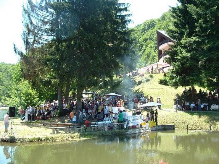 Jastrebac, 1. maj, Kruševac