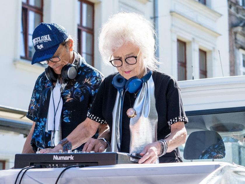 DJ Wika gościem łódzkiej Parady Seniorów