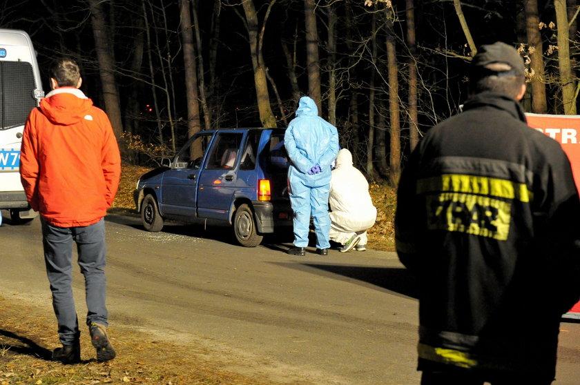 Porzucone auto, w którym znaleziono Amelkę