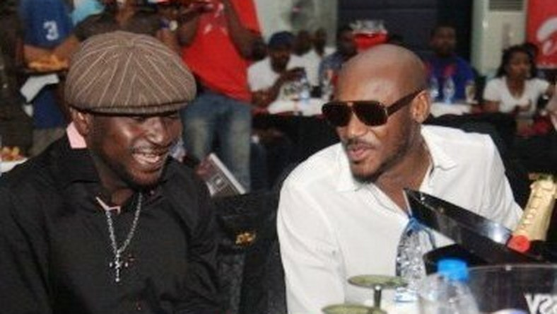 There are reports that the lingering feud between Blackface and former bandmate 2Face Idibia has come to an end after they both agreed to settle out of court.