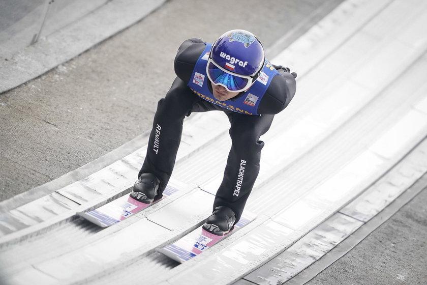 Maciej Kot na progu osiąga prędkość ok. 100 km/h, ale w aucie potrafi jechać szybciej