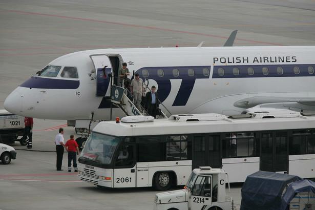 1 mln 77 tys. pasażerów odprawiono na warszawskim Lotnisku Chopina w czerwcu tego roku.