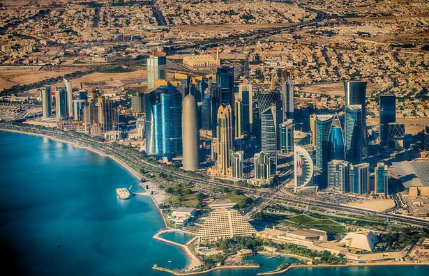 Fałszywa wiadomość doprowadziła do izolacji kraju. Na zdjęciu Doha - stolica i największe miasto Kataru położone na wschodnim wybrzeżu półwyspu Katar, w Zatoce Perskiej.