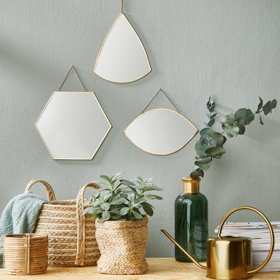 A tükrök izgalmas dekorációs elemek, és világosabbá is teszik a teret - CARAT tükrök