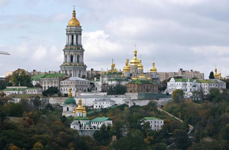 Kijev po vedrom danu