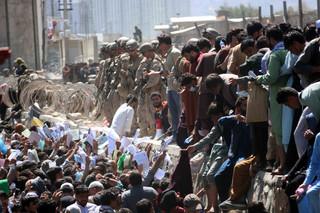 Na lotnisku w Kabulu doszło do wybuchu, są ranni