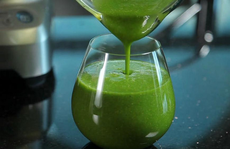 Spinach juice(The Daily Meal)