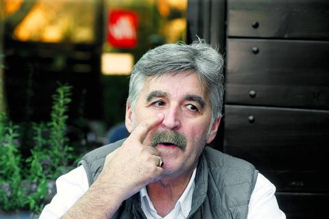 O novom automobilu Dragana Stojkovića Bosanca su pričali svi, a evo KOLIKO HILJADA EVRA je dao za njega!