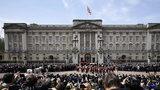 Morderca wdarł się na teren pałacu Buckingham. Chciał zabić królową?