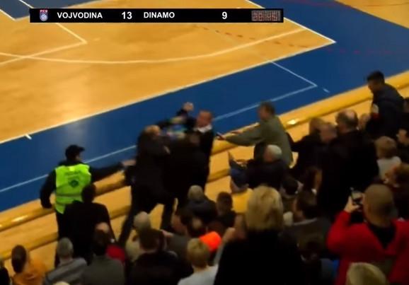 Tuča direktora Vojvodine i Dinama: Jevtić i Radanović u klinču