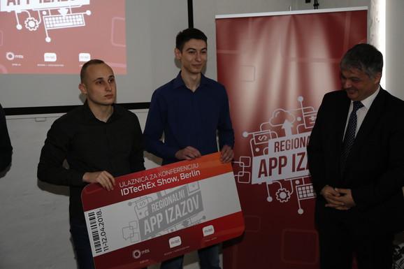 telekom grupa nagradila talenkovane srednjoškolce