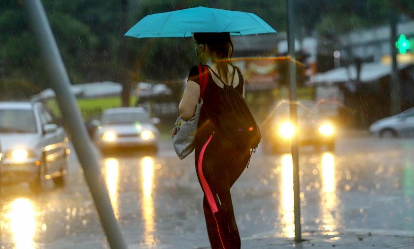 Pogoda w niedzielę 23 maja. Synoptycy IMGW wydali ostrzeżenia do dziewięciu województw