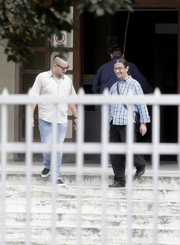 Brat Miloš i otac Vladimir Zorana posećuju u zatvoru