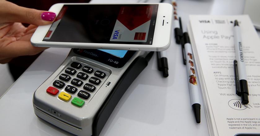 Kilka polskich banków rozważa wdrożenie Apple Pay w II kwartale 2018 r.