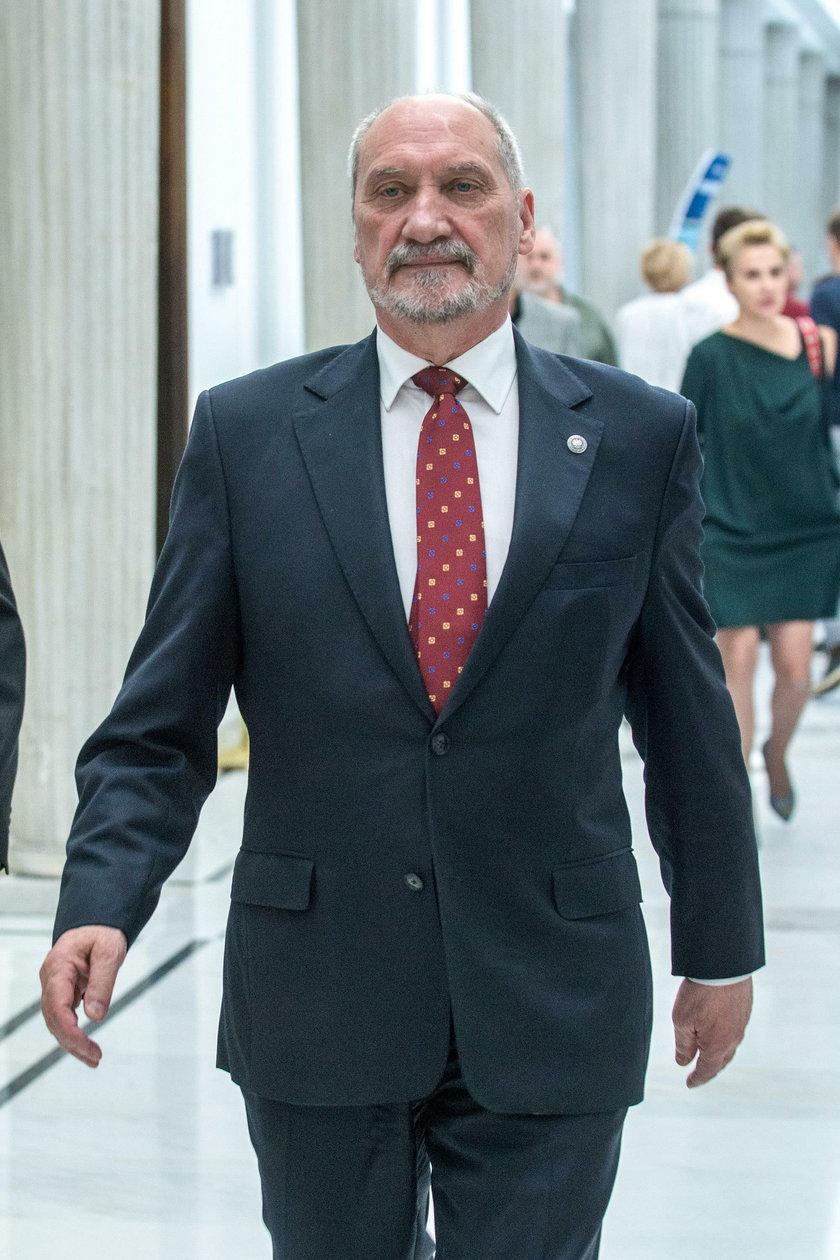 Antoni Macierewicz, minister obrony narodowej w gabinecie Beaty Szydło