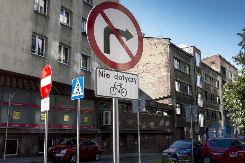 Znaki na ul. Stalmacha