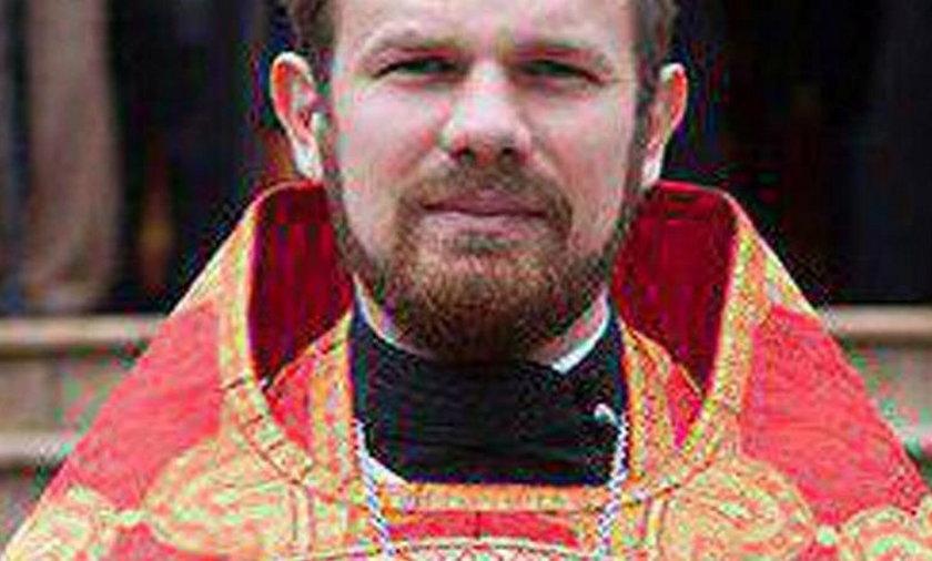 Rosja. Duchowny Deonisij zadźgał swoją żonę. Chciała rozwodu