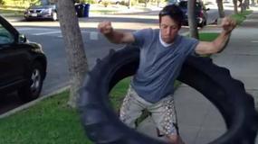 Hula-hoop z 50-kilogramowej opony? Zobaczcie jak wyszło [WIDEO]