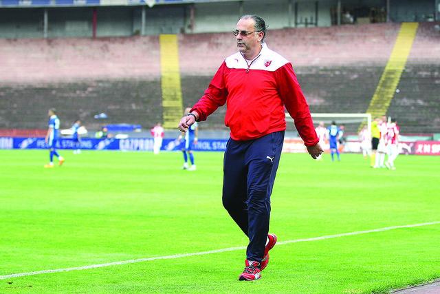 Trener za domaću upotrebu: Miodrag Božović