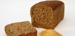Smakuje ci razowy chleb? Przeczytaj, co robią z nim w piekarni