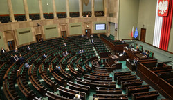 """Burza w Sejmie wokół 500 plus. """"Alimenty na cudze dzieci i kupowanie wyborców"""""""