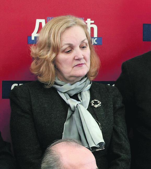 Nema fakultet: Petrovićeva počela kao sekretarica u PUPS-u