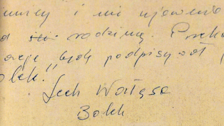 """Zobowiązanie do współpracy z SB podpisane nazwiskiem """"Lech Wałęsa"""" i pseudonimem """"Bolek"""""""